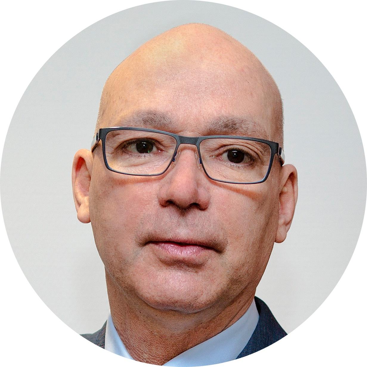 Dr. Péterfalvai Péter